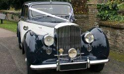 1951 Bentley MK VI in Midnight Blue over Ivory 2