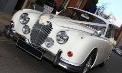 1961 Jaguar MK II in Old English White with chrome wire-wheels 5