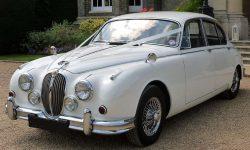 1968 MK II Jaguar in Old Engish White 01