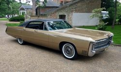 1969 Imperial in Gold 3
