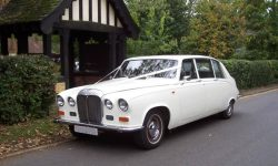 Classic style Daimler Limousine in White 2