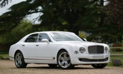 Bentley Mulsanne in White (2)