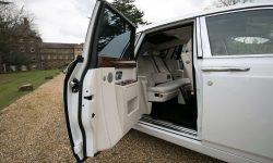 Rolls Royce Phantom II facelift model in White interior 2