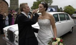Classic style Daimler Limousine in White (Bride and Groom)